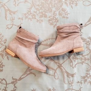 Koolaburra By UGG Lorelei Slouchy Ankle Boots NWOT